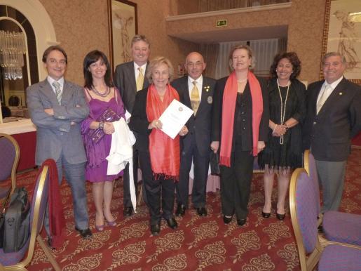 José Luis Sánchez, María Garrido, Armando Pomar, Marisé Fernández-Segade, Sebastià Pons, Catina Esteve, María José Portau y José Pascual.