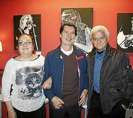 Francisca Humbert, Antón Hernández y Juan Ortiz.