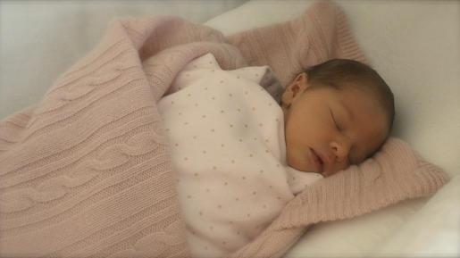 La primera hija de la princesa Magdalena de Suecia, nacida el viernes pasado, se llamará Leonor Lilian María.