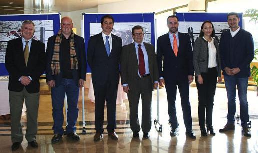José Marcial Rodríguez, Tomeu Caldentey, César Pacheco, Llorenç Huguet, José Luis Mateo, Montserrat Jaén y Nando Esteva inauguraron la Semana Gastronómica.