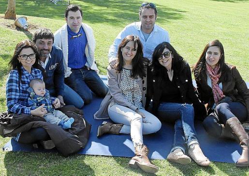 Mónica Cascos, Lucas Fernández, Rodrigo Oliver, David Fernández, Oriol Barnés, Raquel Pérez, María Naranjo y Carolina Pérez