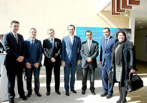 Aitor Ortega, Javier Castro, Luis Miguel Gilpérez, José Ramón Bauzá, Joaquín García, José Manuel Ruiz y Lourdes Cardona.