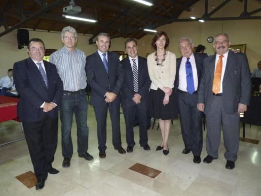 Juan Cabrera, Eberhard Grosske, Vicenç Torres, Paco Sastre, Bel Oliver, Pedro Ortíz y Juan Romero.