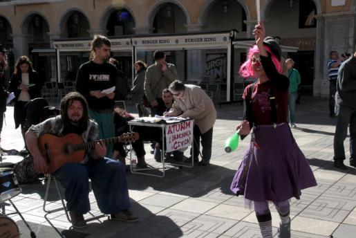 Una protesta contra la ordenanza cívica de Cort realizada por artistas callejeros el pasado mes de marzo.
