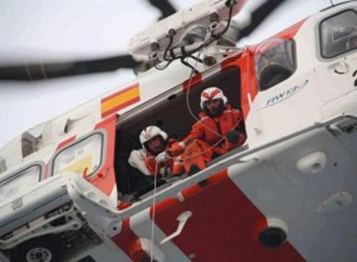El helicóptero Helimer 213 ha participado en el rescate.