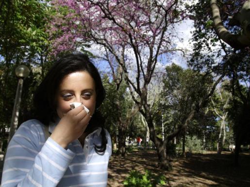 Con la llegada de la primavera aparecen los síntomas de muchas alergias.