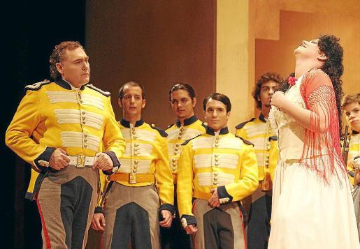 'Carmen' fue el primer título de la ópera de 2012, tras el reajuste de la plantilla.
