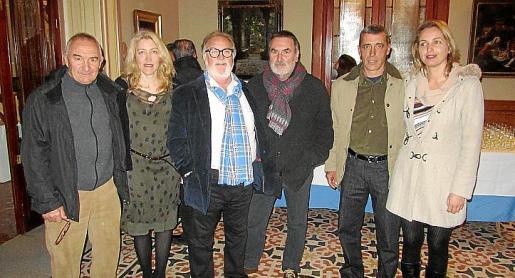 Andreu Maimó, Aina Pastor, Jesús Camargo, Paco Lorente, Pere Colom y Àngela Bisbal.