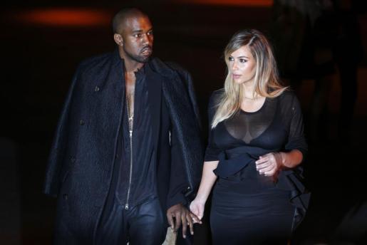El rapero Kanye West y su pareja, Kim Kardashian.