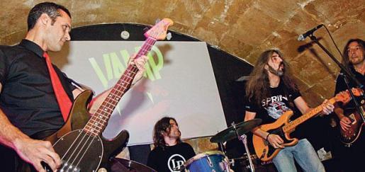 Imagen de archivo de un concierto en el Vamp Café Concert.