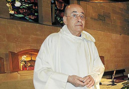 El sacerdote Alfredo Miralles, expárroco de Sant Sebastià.