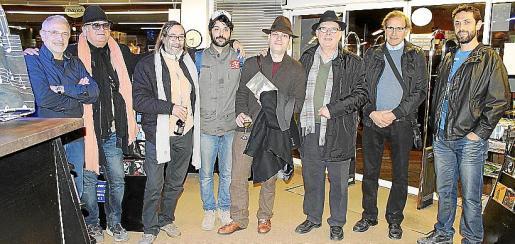 Miquel A. Sánchez, Biel Mesquida, Toni Artigues, Albert Pinya, Emili Sánchez-Rubio, Ángel Terrón, Juan Mas y J. Carlos Cerro.