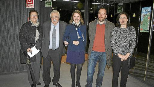 Margalida Tous, Pere A. Serra, María Salom, Francesc Bonnín y Paula Serra.