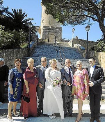 Mónica Díaz, Carmen García, Hugo García, Inmaculada Díaz, Fernando García, Montse Díaz y José Manuel Díaz.