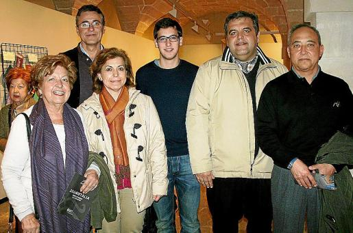 María Magdalena Colom, Pablo Pérez-Villegas, María Antonia, Joan y Miquel Obrador Colom y Juan Liem Jurado.