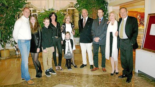 Hans, Jill y Morris Angel, Heike Höppner-Angel y Luna, Rosa Rodríguez, Eckart y Jugolf Höppner, Christel y Andreas Kunicki.
