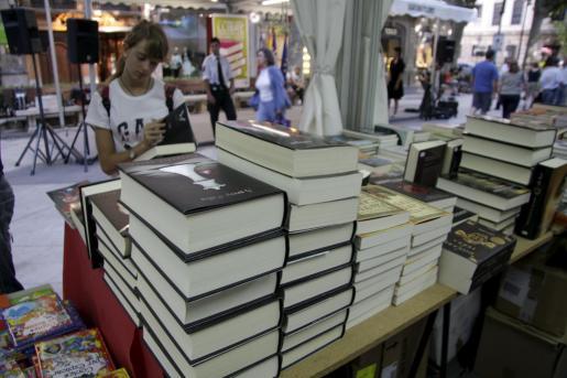 La feria del libro trae todas las novedades editoriales al centro de Palma.