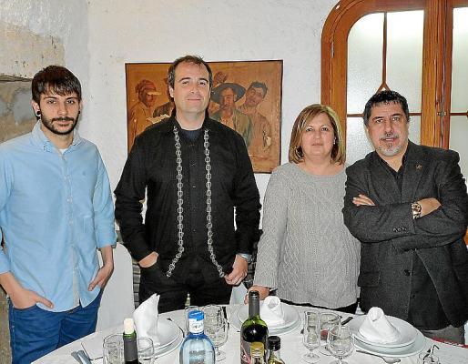 Joan Gelabert, Felipe Cardiel, Catalina Crespí y Jaume Sureda.