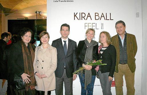 Pilar Ribal, María José Frau, Fernando Gilet, Kira Ball, Asun Clar y Carlos Jover.