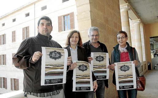 Eduardo Mengual, Catalina Sureda, Antonio Lorenzo y Pedrona Torrens.