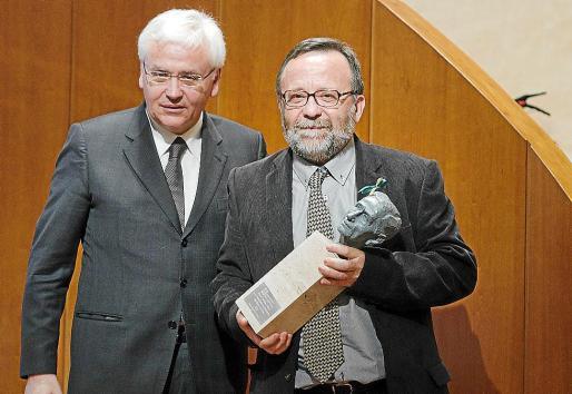 El conseller de Cultura de la Generalitat, Ferran Mascarell, y Joan Melià.