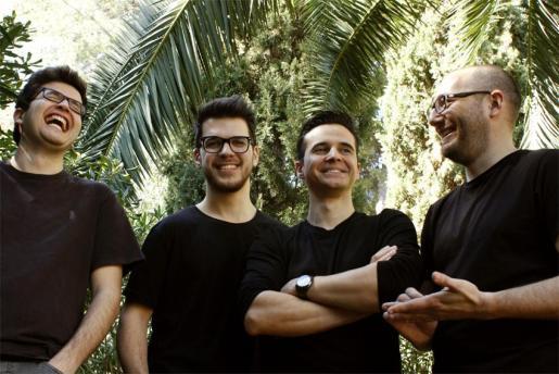El grupo musical El Homme.