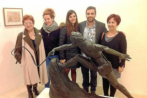 Miquela Nicolau, Georgina Gamundí, Joana Esteva, Jaume Orejuela y Cati Bota.