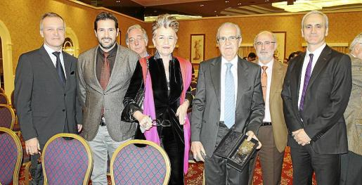 Tomeu Payeras, José Barranco, Tomeu Pericás, Rosa María Regi, Fernando Rotger, Tomeu Crespí y Miquel Antich.