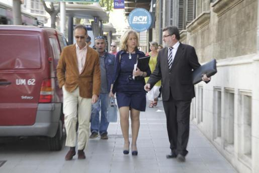 Irene San Gil, a su llegada esta mañana a los juzgados.
