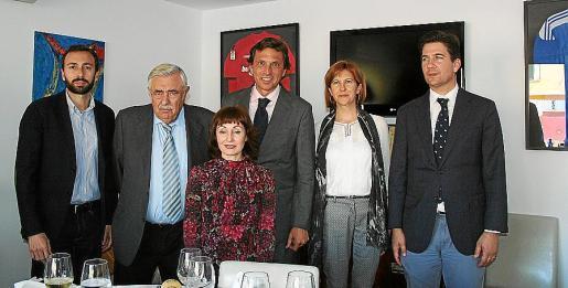 Antoni Torres, Pere A. Serra, Nekane Aramburu, Mateo Isern, Margalida Tur y Fernando Gilet.