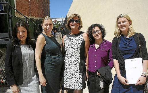 Ana María Ruiz, Elena Bennàssar, Pilar Alonso, Chus Bañobre y Pauline Daverat.