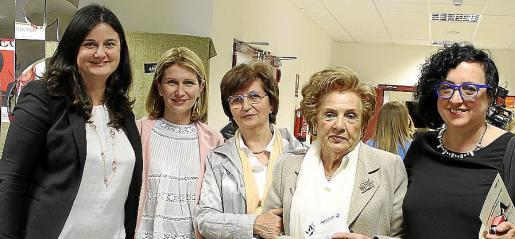 Montse Morlà, Joana Maria Vives, Margalida Alcover, Isabel Homar y Maria Genovard.