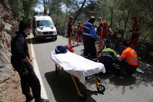 Un ciclista ha sufrido una caída cuando circulaba por Esporles.