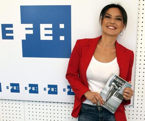 """La hija del humorista Andrés Pajares, Mari Cielo Pajares, posa con motivo de la presentación de su tercer libro """"Memorias de una puta"""" ."""