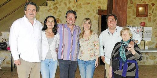Ramon Servalls, Tonina Bestard, Koldo Royo, Joana Ferrer, Lorenzo Fluxà y Bàrbara Munar.