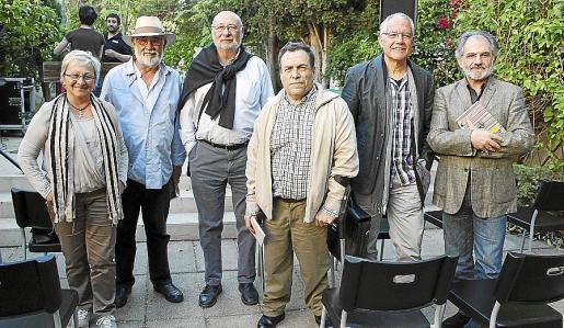 Maria Antònia Porcel, Gabriel Mestre Oliver, Joan Perelló, Jaume Vicens, Pere Ferrer y Jaume Mateu.