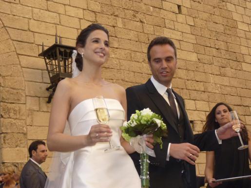 Nuria Fergó y José Manuel Maíz salen de La Almudaina.
