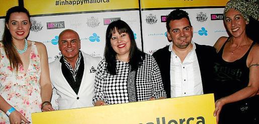 Giselle Palou, Jaime Lladó, Sandra Llabrés, Pablo Costa -director del videoclip- y Sandra Lucero, la coreógrafa de esta iniciativa de la revista digital.