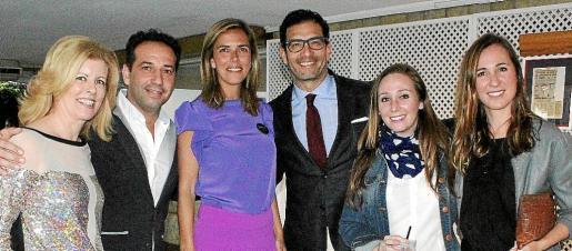 Helen Cummins, Daniel de Castro, Carmen Pérez de Burgos, Luis de Alarcón, Elisa Matos y Sonia Barceló.