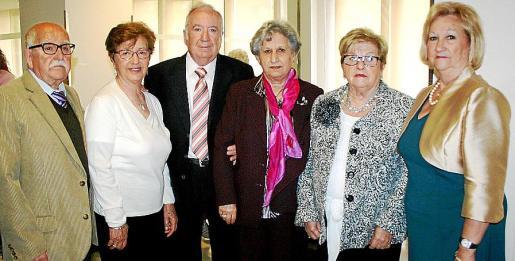 Manuel Ortiz, Victoria Martínez, Rafael Torrens, Joanaina Gordiola, Magdalena Fuertes y María Vila de Ortega