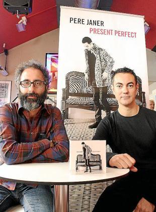 Jaume Manresa y Pere Janer presentaron ayer el disco en el Espai Xocolat de Palma.
