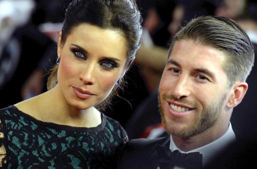 El defensa del Real Madrid, Sergio Ramos, y su novia, Pilar Rubio Fernández.