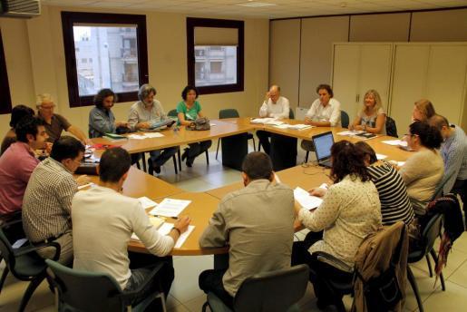 Un momento de la reunión de la Conselleria con la Mesa Sectorial de Educación.