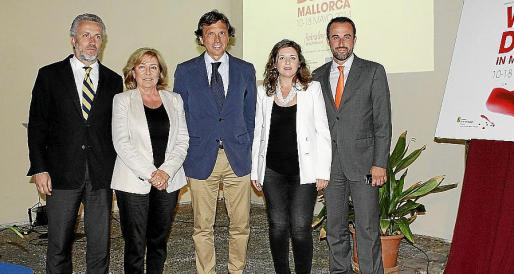 Pedro Homar, Lourdes Picó, Mateo Isern, Margaret Mercadal y José Luis Mateo.