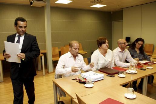 Imagen de la reunión celebrada hoy para debatir el plan de empleo.
