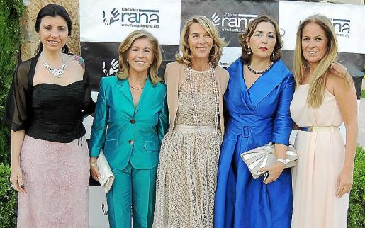 Beatriz Benavente, Teresa Martorell, Elisabeth Homberg, Gemma Izquierdo y Patricia Moliné.