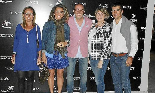 Mabel Cabrer, Cata Sastre, Pedro Mesquida, Ana Cartañá y Juan Pedro Carbonell.