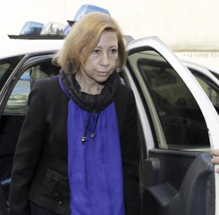 La expresidenta de Consell Insular de Mallorca, Maria Antònia Munar, a su llegada a los juzgados en enero de 2014 para declarar ante el juez Enrique Morell por un supuesto soborno en la venta del solar palmesano de Can Domenge.