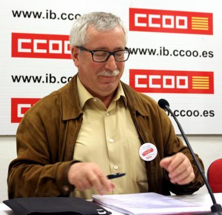 Ignacio Fernández Toxo, esta mañana durante la rueda de prensa que ha ofrecido en la sede de CCOO de Palma.