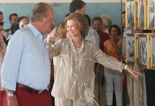 Lo Reyes, durante la inauguración de una exposición en el Club Náutico de Palma